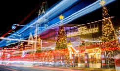 Фото: Christoph Soeder / DPA / ТАСС. Рождественский рынок на Брайтшадплац у мемориальной церкви кайзера Вильгельма в Берлине